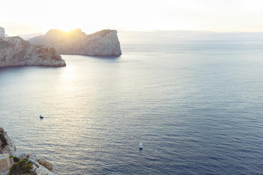 Destination wedding photographer Mallorca
